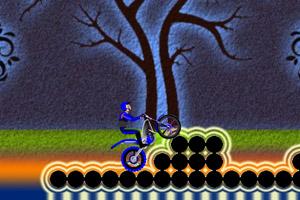 《摩托技巧之黑暗森林》游戏画面1