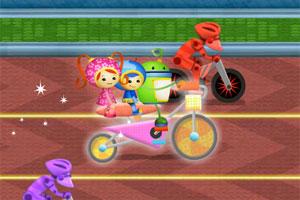 《三人自行车》游戏画面1