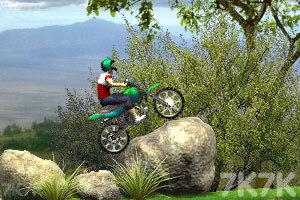 《特技小轮车越野赛》游戏画面1