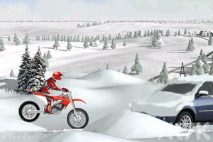 《冰山雪地摩托车》游戏画面6