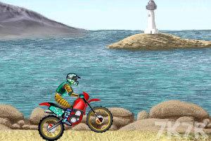 《摩托车特技赛》游戏画面1