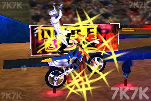 《疯狂特技摩托3D》游戏画面5