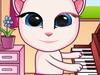 宝贝安吉拉弹钢琴