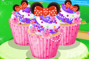 朵拉制作精美小蛋糕
