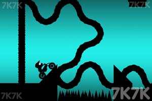《黑色越野摩托》游戏画面3