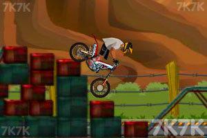 《摩托障碍大赛》游戏画面2