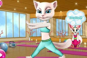 安吉拉做瑜伽