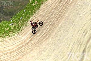《野外摩托挑战赛》游戏画面3
