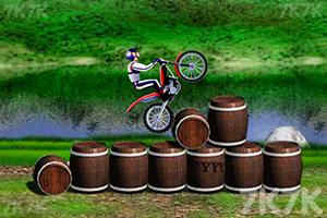 《超级摩托挑战赛》截图1