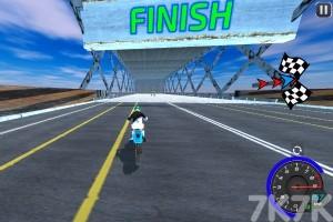 《绝技摩托赛》游戏画面3