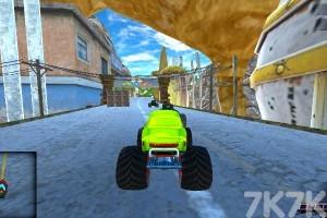 《大脚车极限赛车》游戏画面6