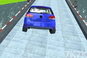 《特技车赛道挑战》游戏画面3