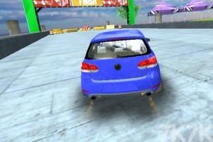 《特技车赛道挑战》游戏画面1