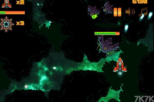 《星空红战机》游戏画面3